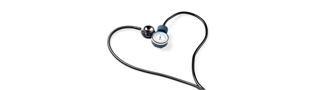 Fonendoscopio con forma de corazón